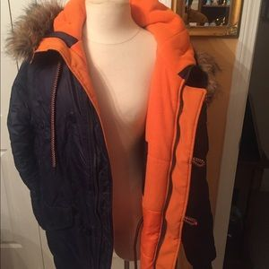 Super dry snowboard coat 2x blue. Pre owned